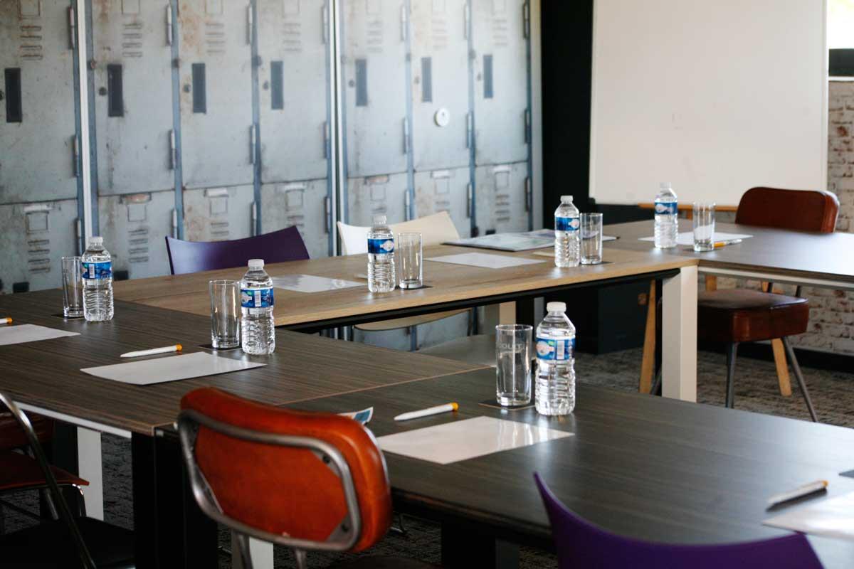 salle de réunion moderne au nord de Lyon l'atelier