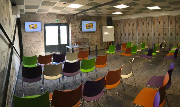 salle de réunion originale au nord de Lyon